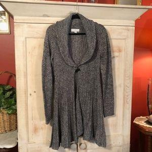 Carolyn Taylor Gray/White Cardigan Sweater